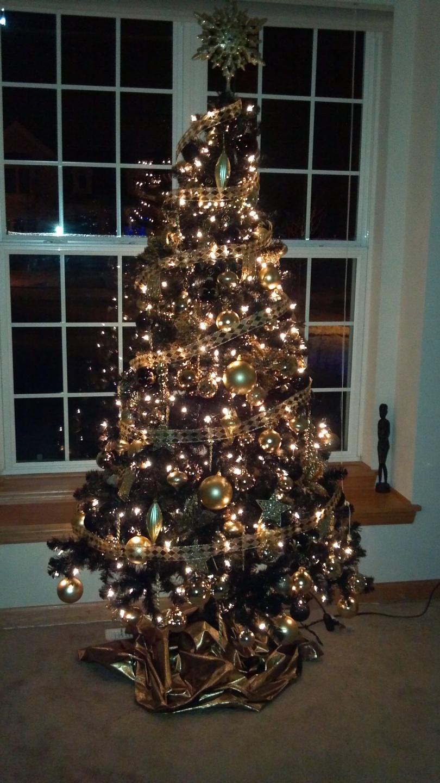 2012 Black Gold Tree