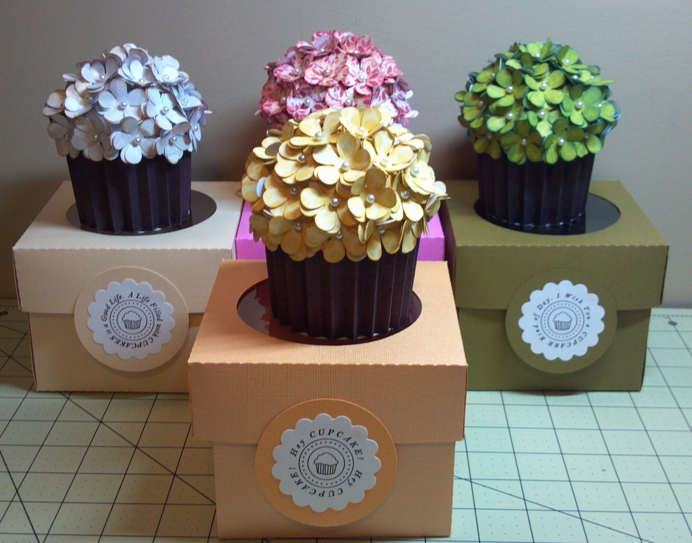 how to make cupcake stand out of boxes