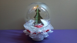 3D Christmas Tree Snow Globe 2