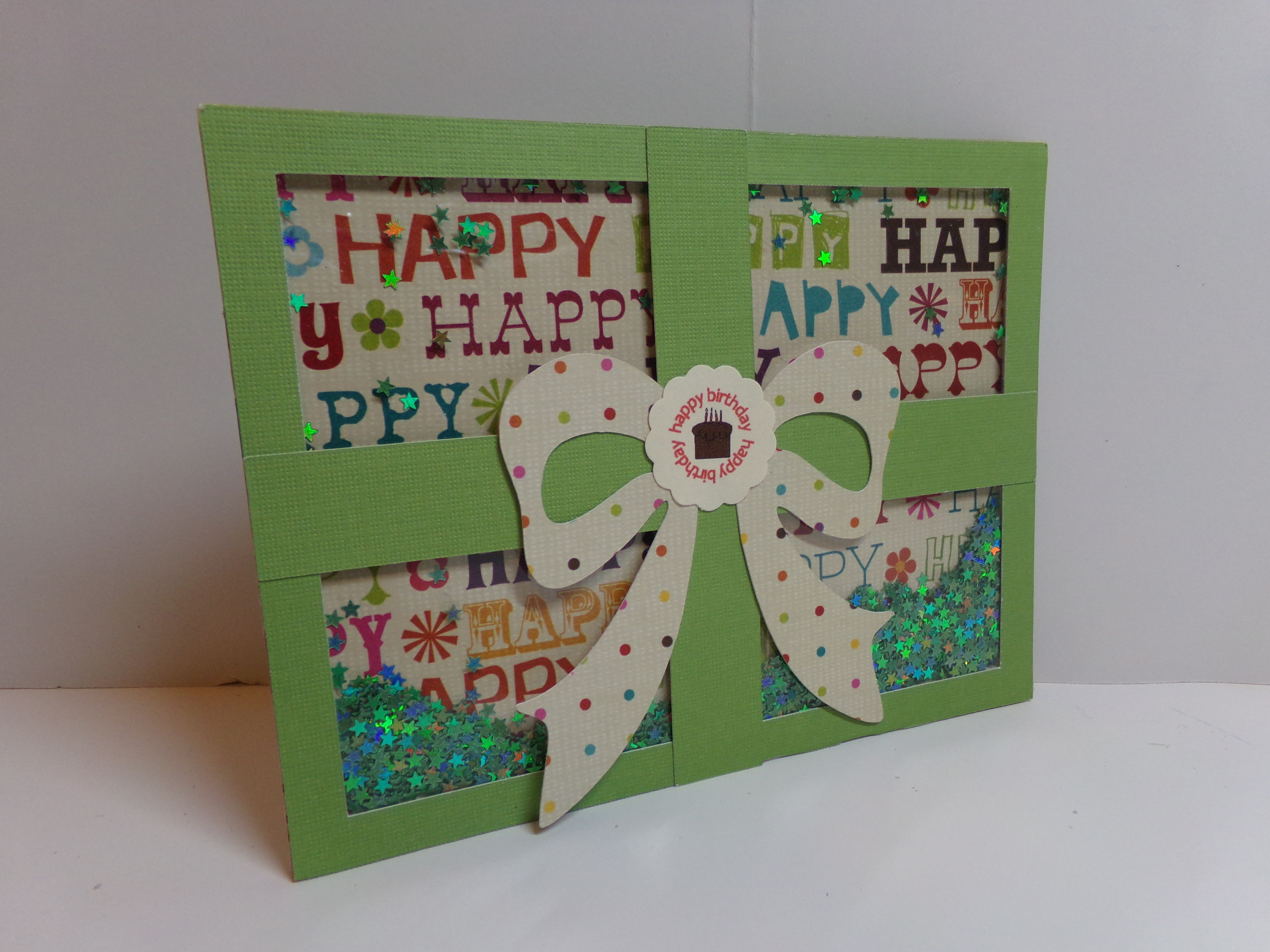 present shaped shaker cards – the cutting cafe design team project