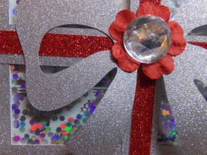 Christmas Present Shaker Card Close Up