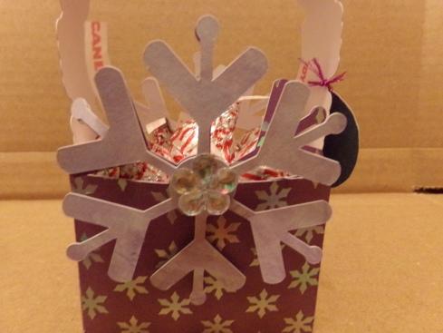 Snowflake Kisses Treat Box Close Up